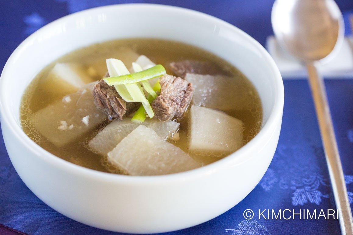 Beef and Radish Soup -Seogogi Mu Guk