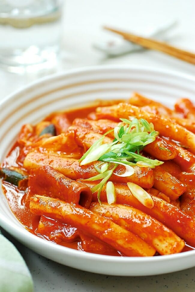 Tteokbokki (Korean spicy stir-fried rice cake)